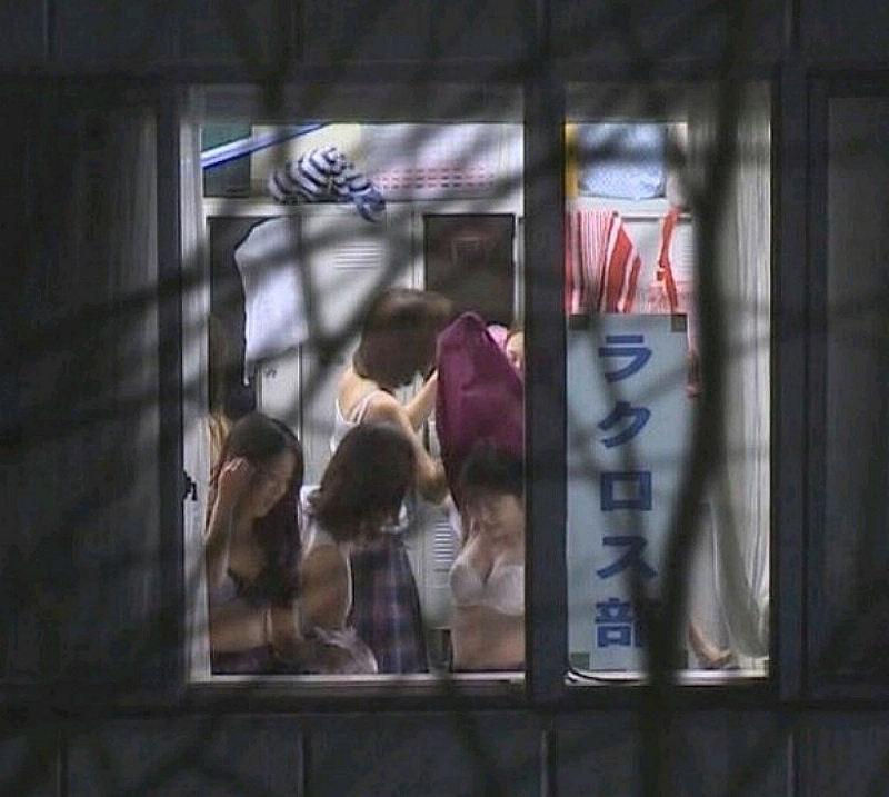 更衣室 着替え エロ画像【76】