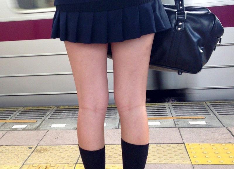 膝裏 もも裏 フェチ エロ画像【19】