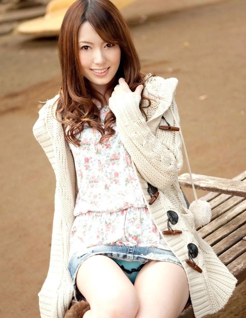 公園 デート パンチラ 美女 エロ画像【46】