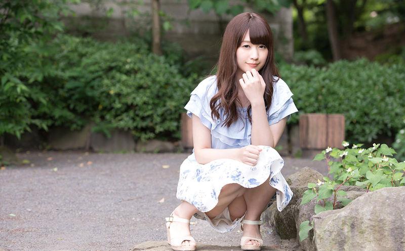 公園 デート パンチラ 美女 エロ画像【50】