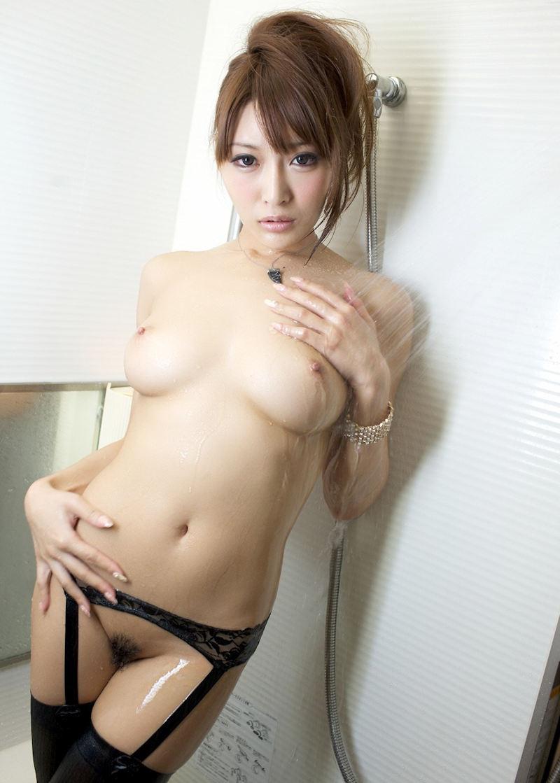 美乳 濡れる おっぱい シャワー エロ画像【54】