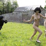 裸で走るヌードダッシュのエロ画像