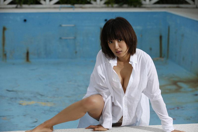 白シャツ Yシャツ パンチラ パンモロ エロ画像【15】