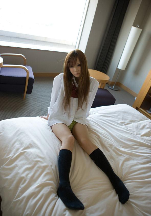 白シャツ Yシャツ パンチラ パンモロ エロ画像【21】