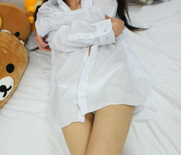 白シャツ Yシャツ パンチラ パンモロ エロ画像【22】