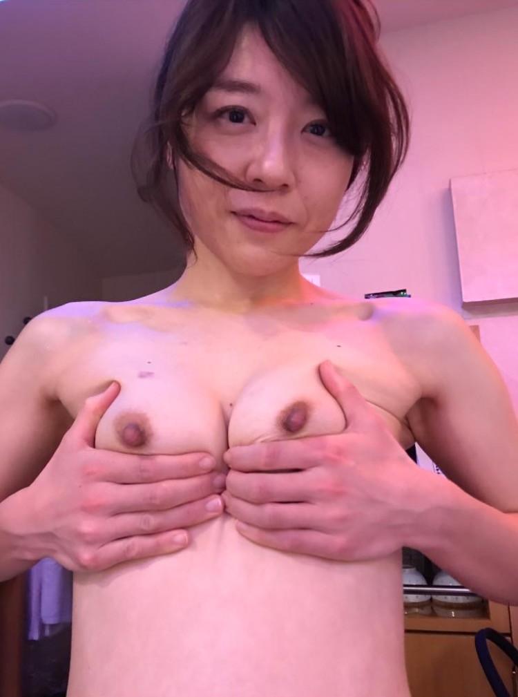 熟女 顔出し 裸