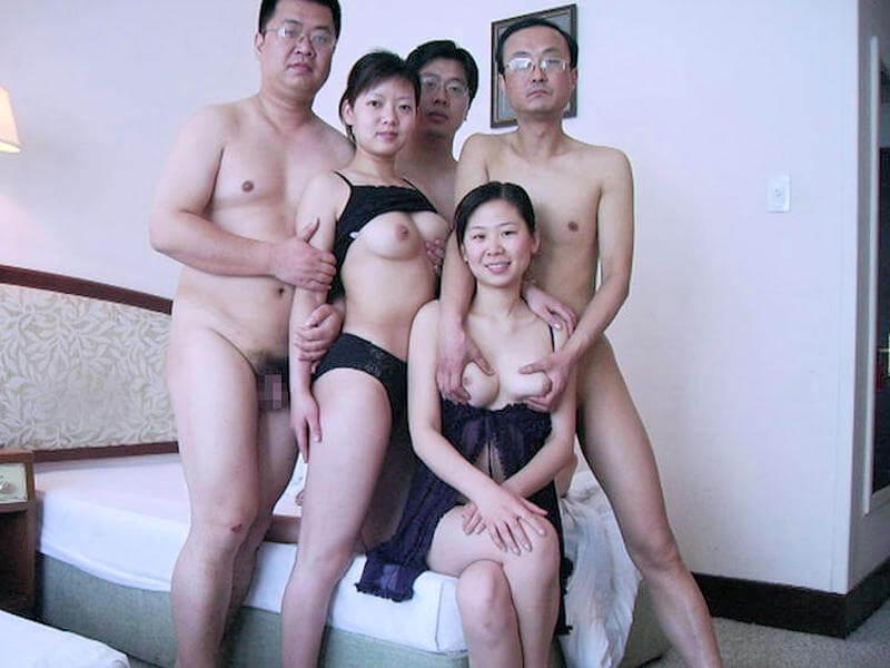 熟女集合ヌード 熟女集団裸無修正画像451枚&親子丼强姦熟母無修正画像