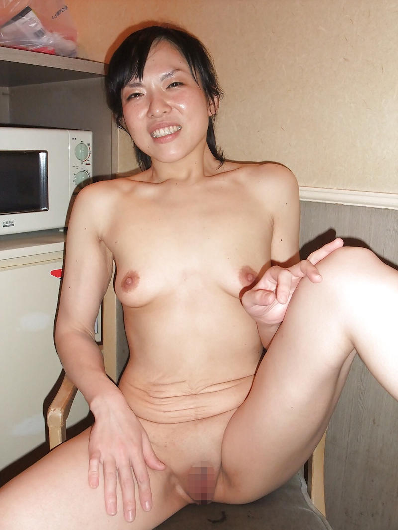 熟女垂れ乳 ヌード エロ牧場