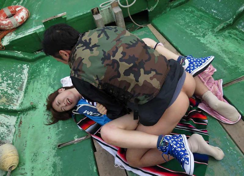船上 露出 セックス エロ画像 【54】