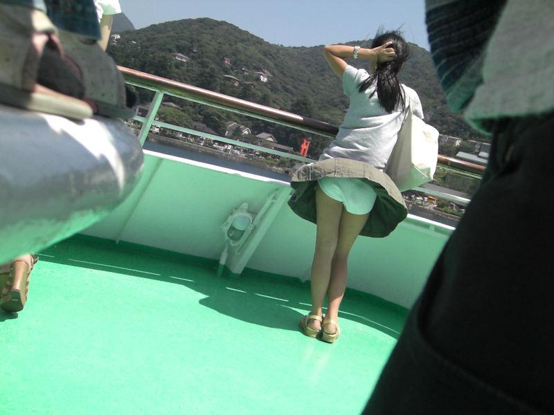 風パンチラ エロ画像 【17】