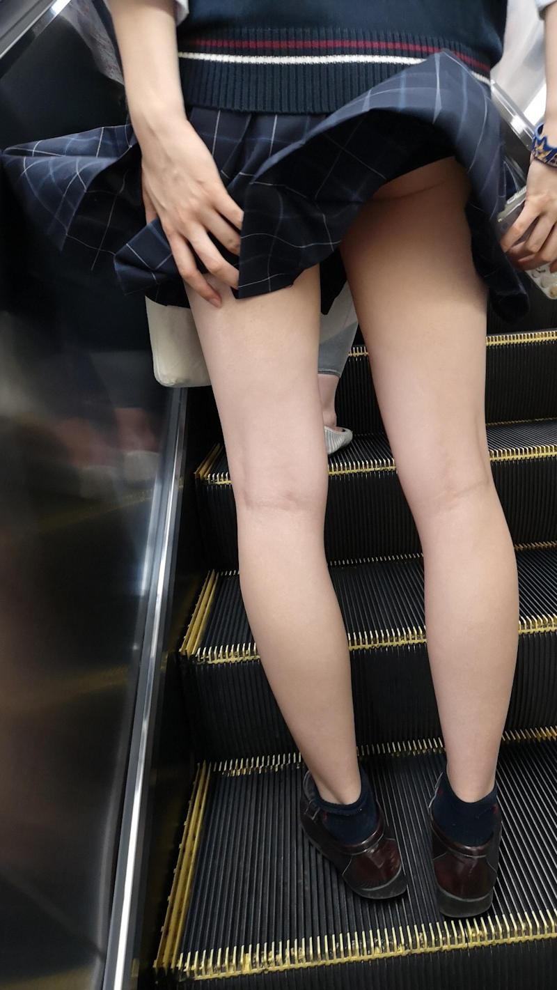 風パンチラ エロ画像 【34】