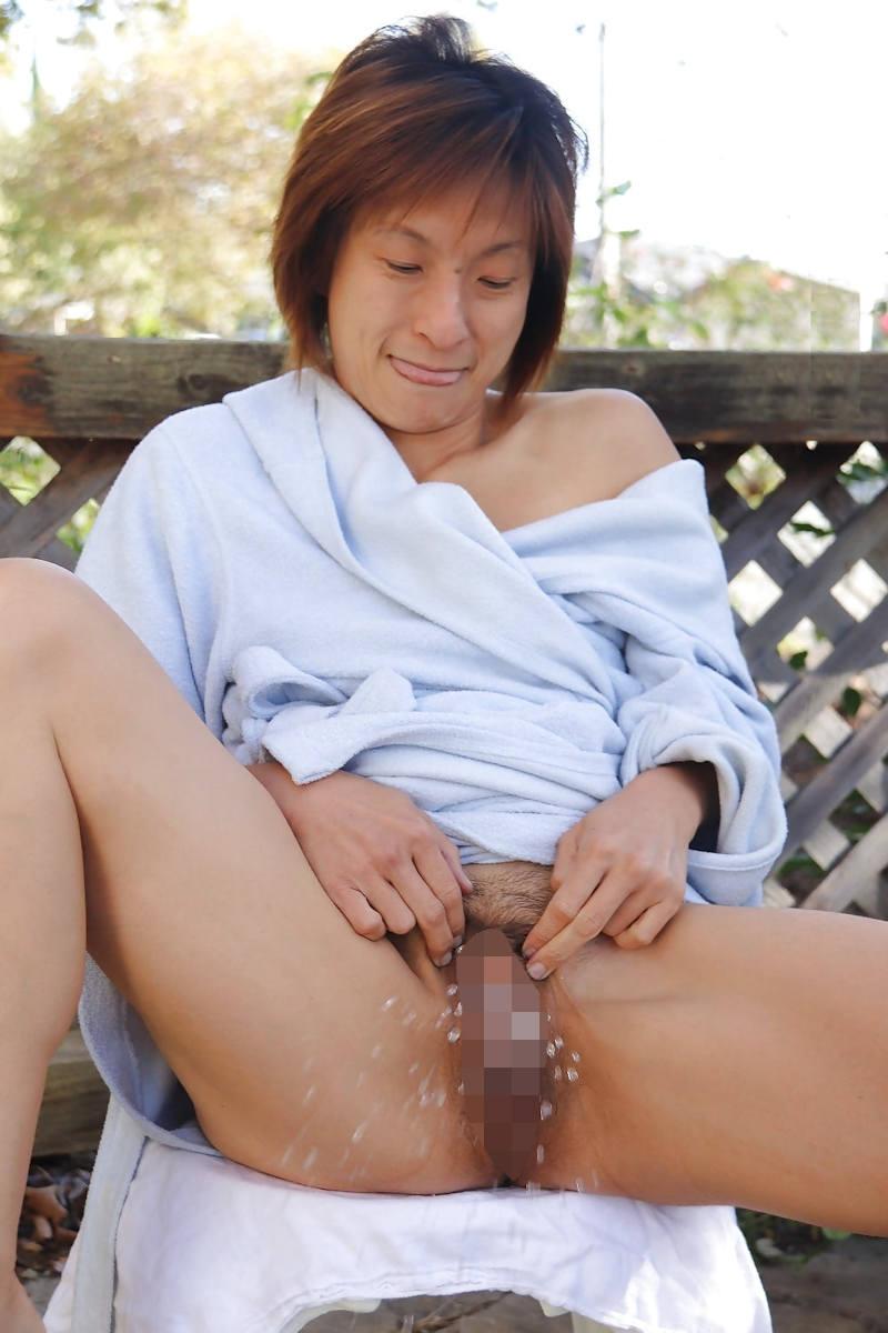 おしっこ 熟女 放尿 エロ画像 【51】